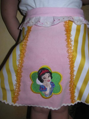 Snow White design embroidered