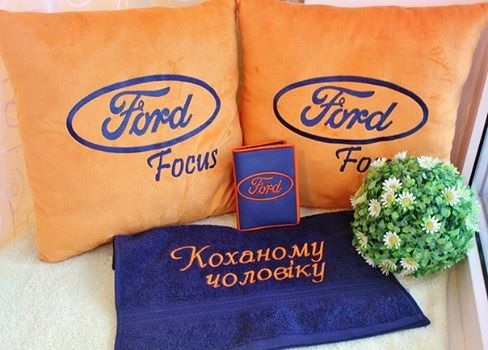Ford Logo design on pillowcase4