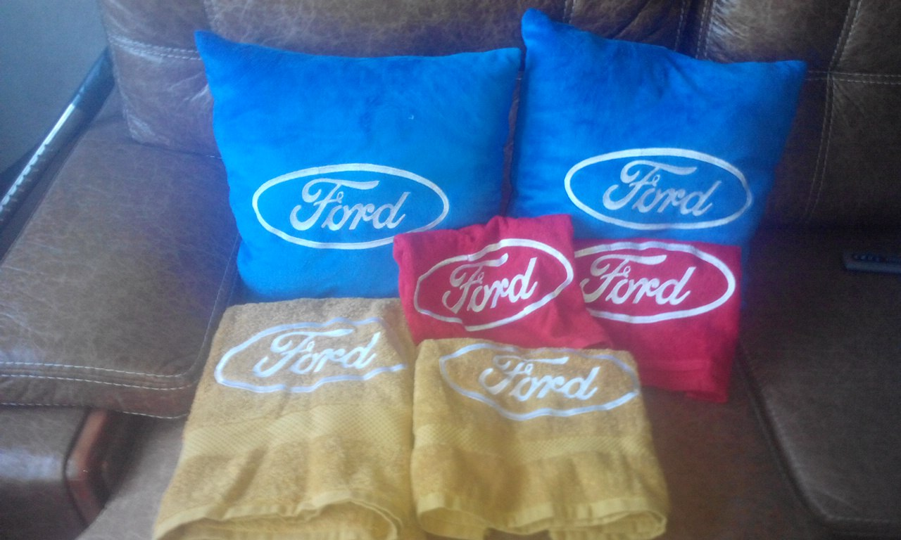 Ford Logo design on pillowcase6