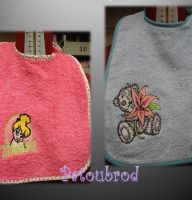 Different designs on bibs2