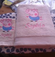 bath towel with Peppa Pig design