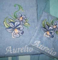 Flower 5 design on towel1