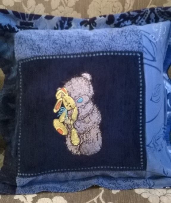 Cushion with Teddy Bear with toy embroidery design