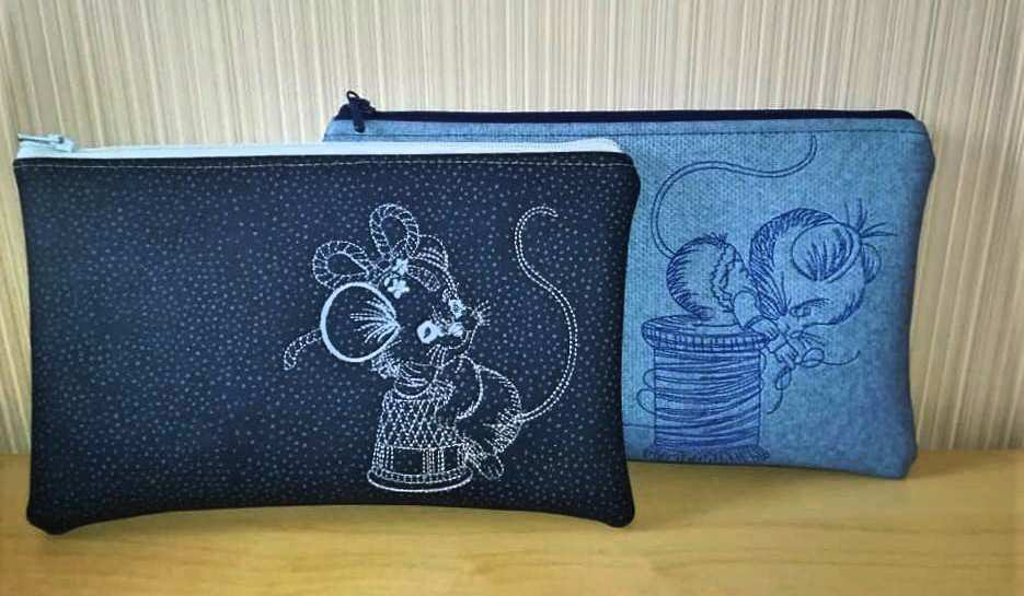 Cosmetic bags with Creative mice embroidery design