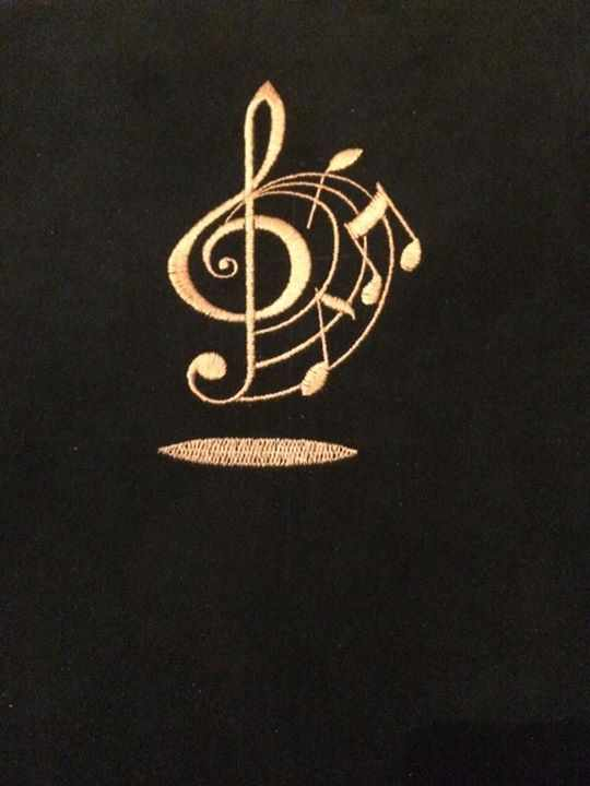 Treble clef free embroideryd design