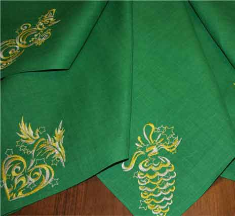 Christmas embroidered napkins design