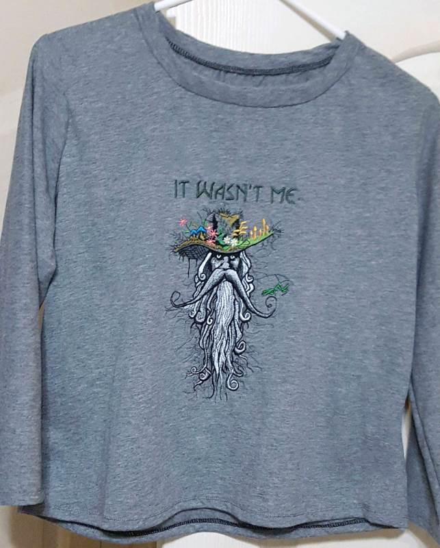 T-shirt with root man embroidery