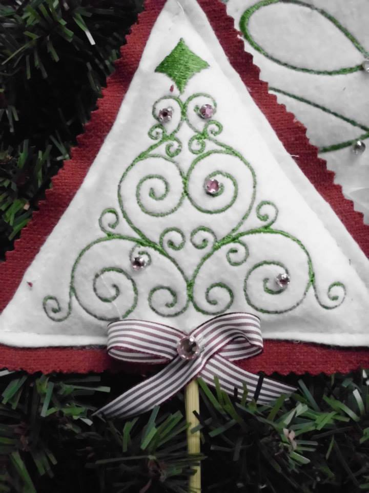 Christmas tree embroidery