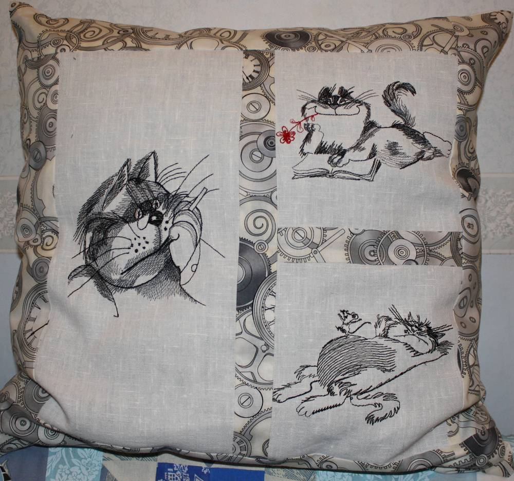 Sketch cats embroidered on pillowcase