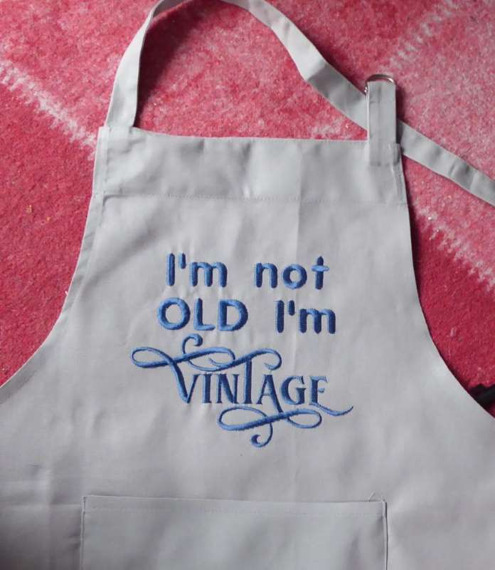 Kitchen apron with funny written free embroidery