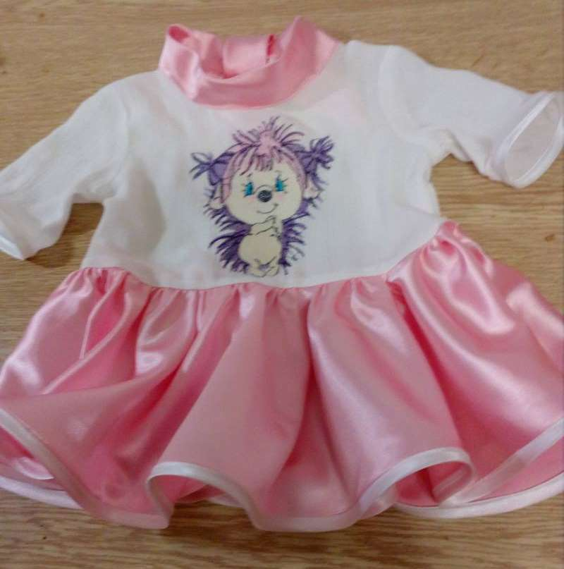 Embroidered dress with Pink hedgehog design