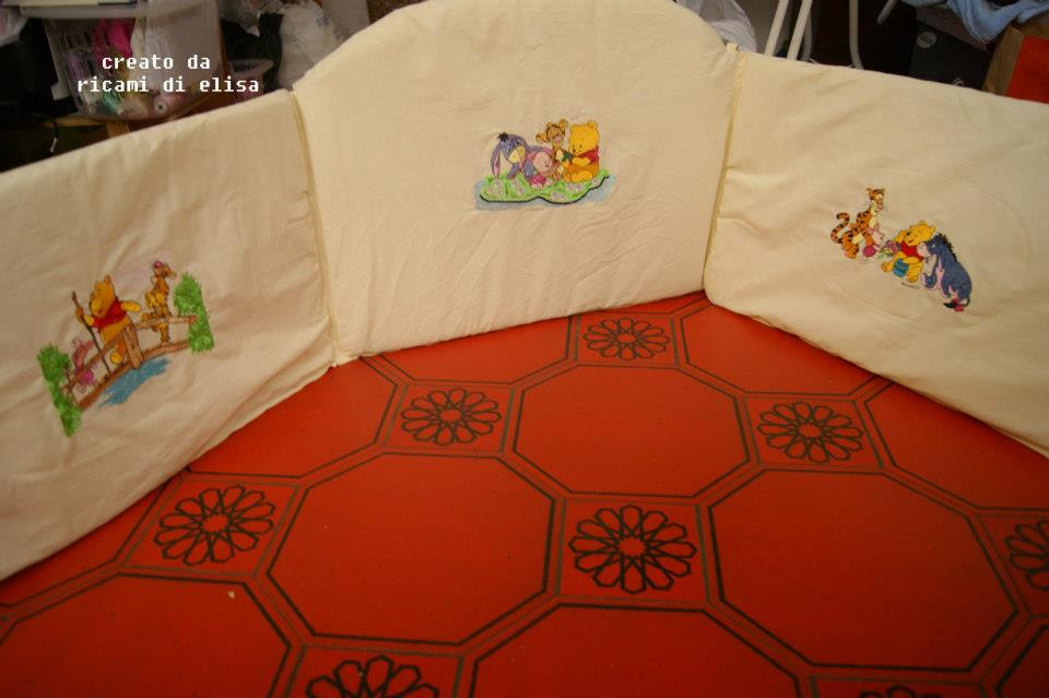Winnie Pooh and friends designs embroidered on bed bumper