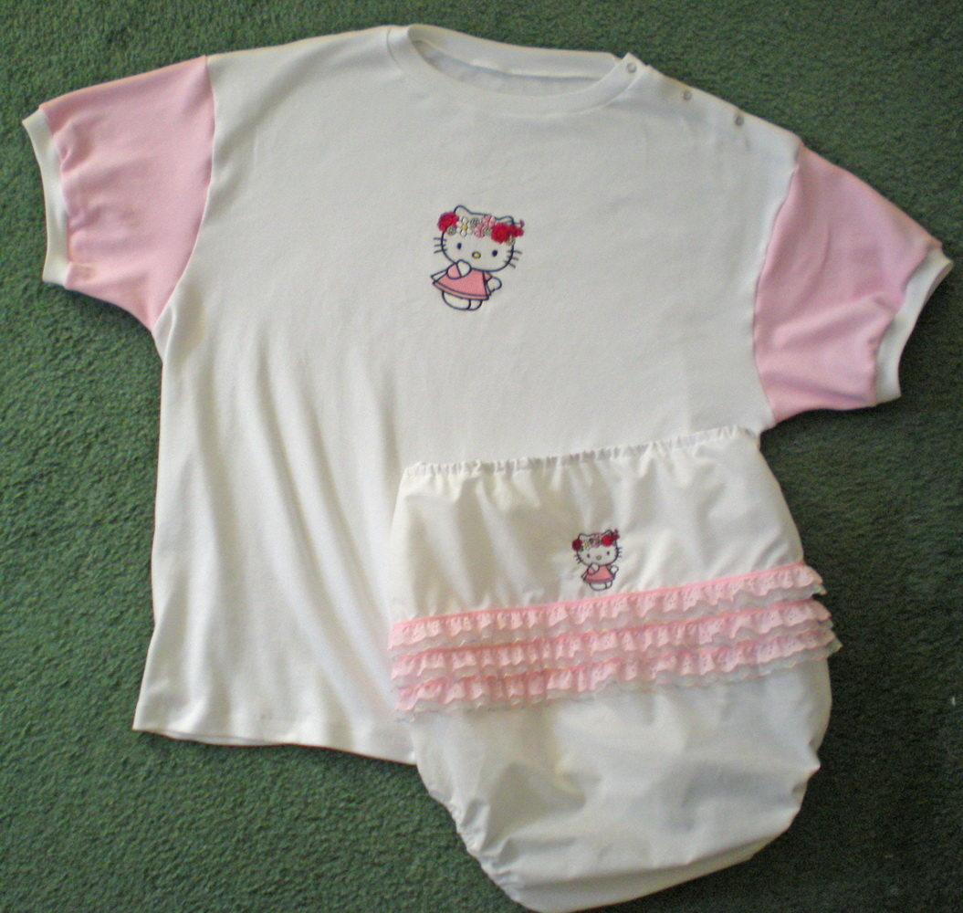 Hello kitty spring embroidery design on baby wear