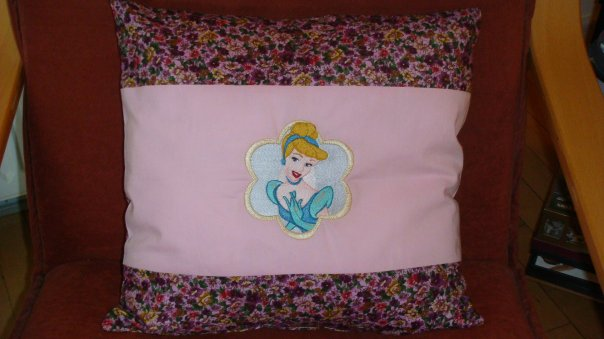 Pillowcase with princess embroidery design