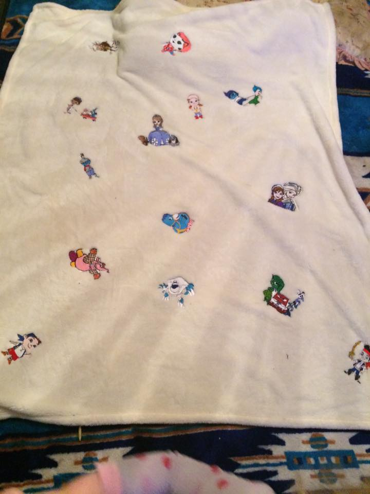 Kid's favorite cartoon heroes embroidered on blanket