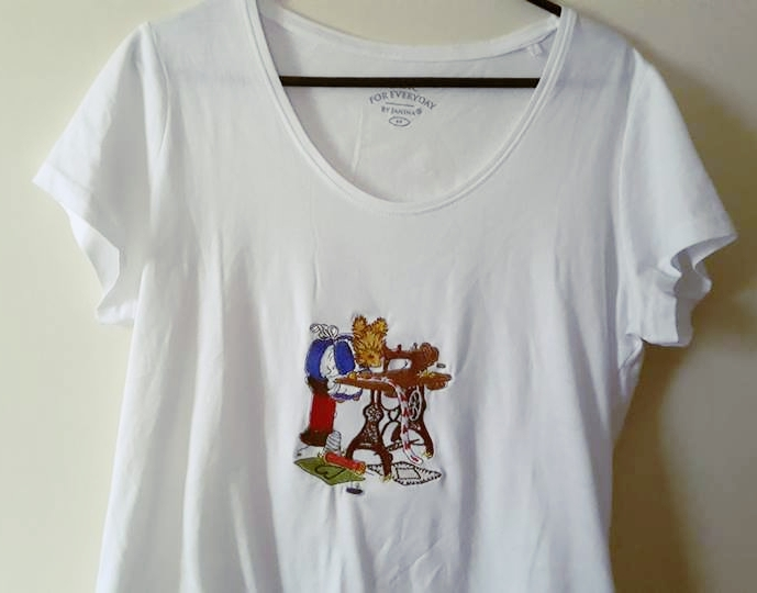 Embroidered t-shirt with Squirrel and sewing machine design