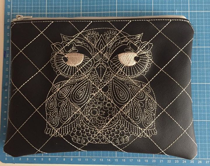 Small wallet with Owl free embroidery design
