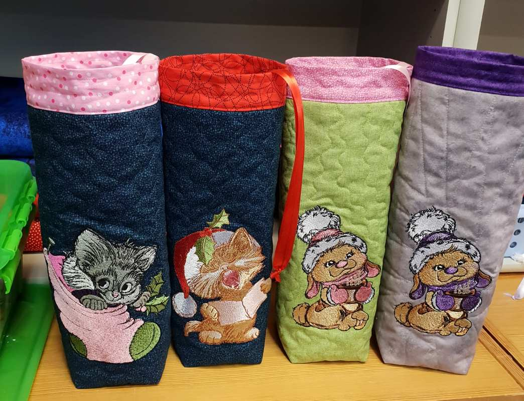 Christmas gifts with animals embroidery designs