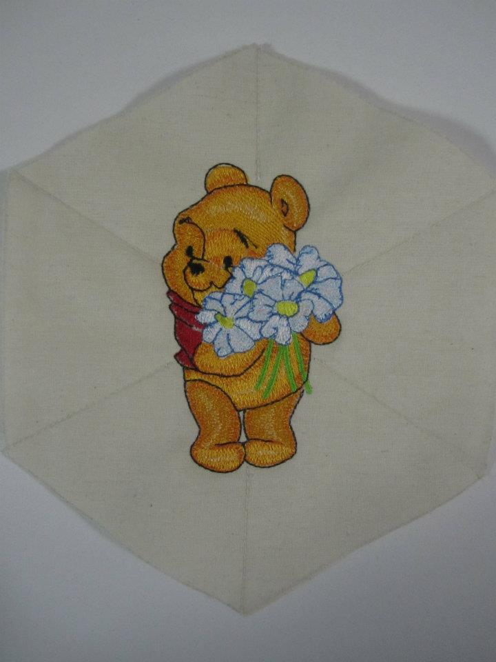 Embroidered Pooh with chamomiles