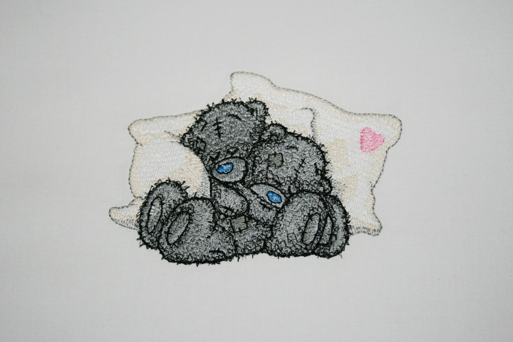 Teddy Bear we sleep design embroidered