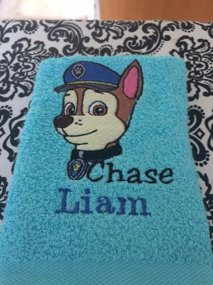 Embroidered towel with Paw Patrol puppy