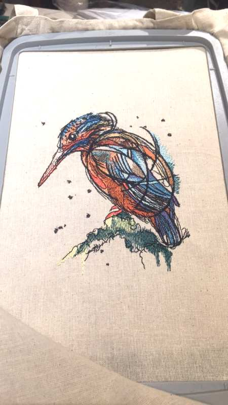In hoop birdie water color embroidered design