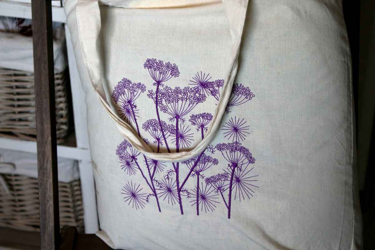 Cotton shopping bag embroidered