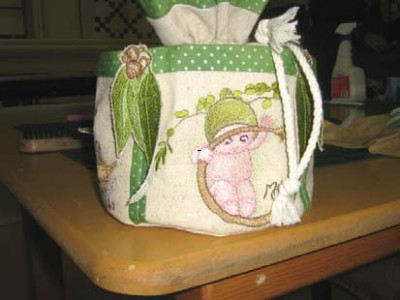 Gumnut babies embroidered on bag