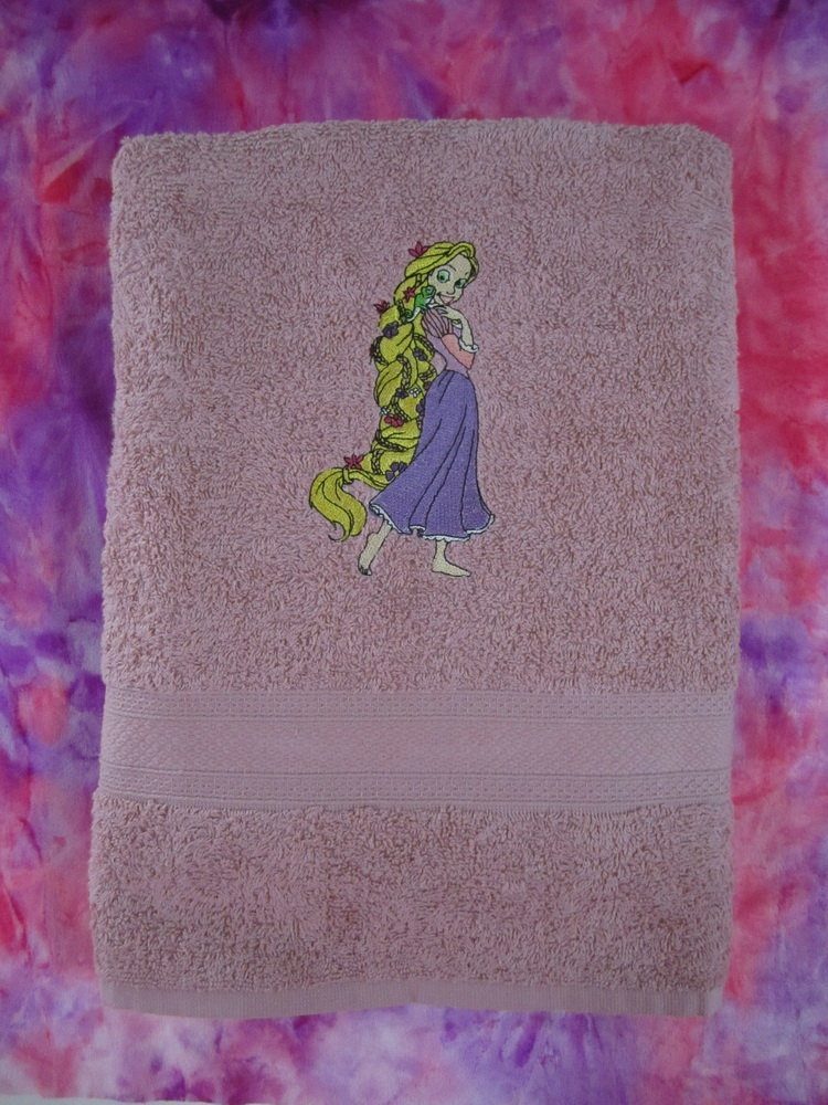 Tangled embroidery design on towel