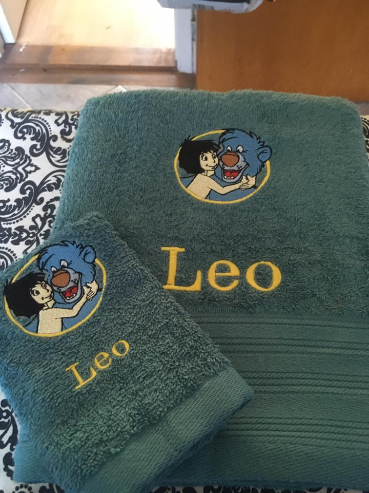 bath towels with Mowgli and Baloo embroidery design