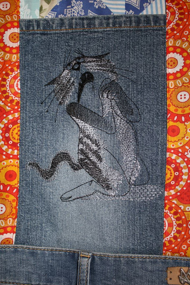 Embroidered jeans apron with cat design