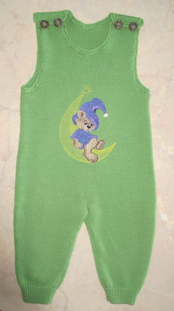 Teddy Bear Wizard design on embroidered green romper