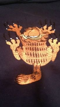 Garfield play design embroidered1