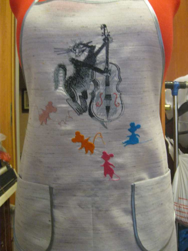 Shirt with music cat free embroidery design