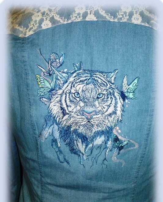 Denim womans jacket with embroidered wet tiger design