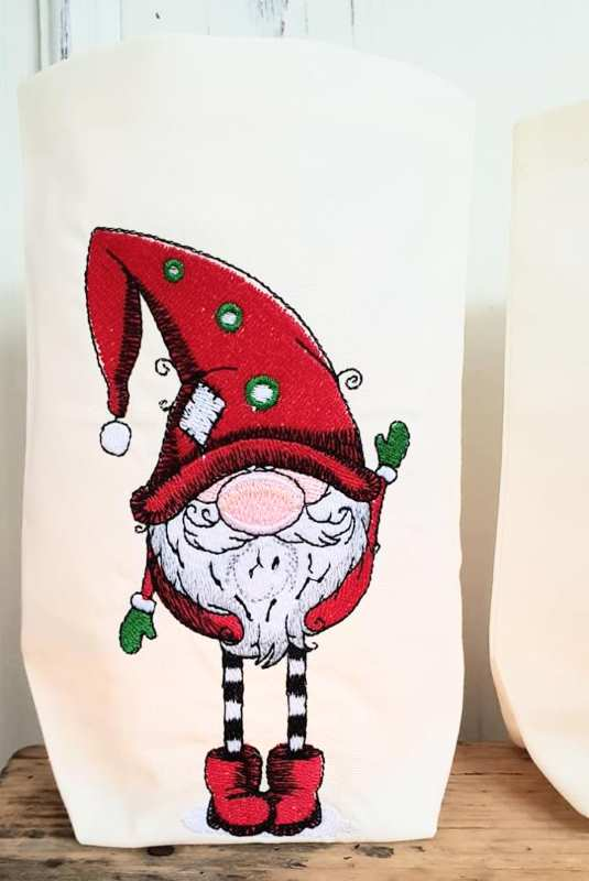 Bag with Christmas dwarf embroidery design