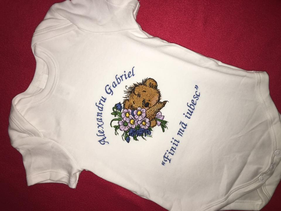 Newborn outfit with Teddy Bear with flowers embroidery design