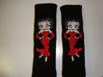 Betty Boop dancing design embroidered