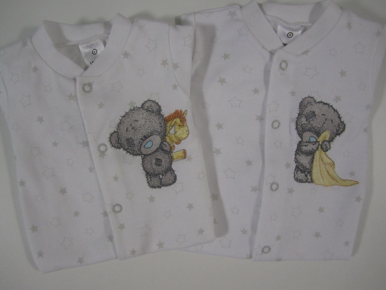 Teddy bear embroidery designs on baby wear