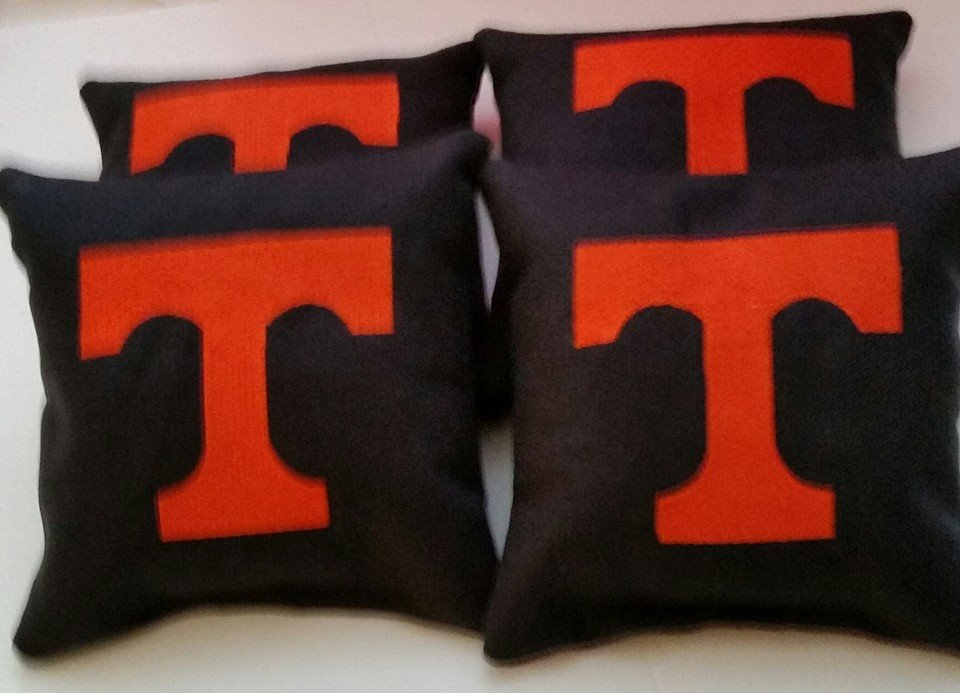 Embroidered Tennessee Volunteers Logo design on pillowcase