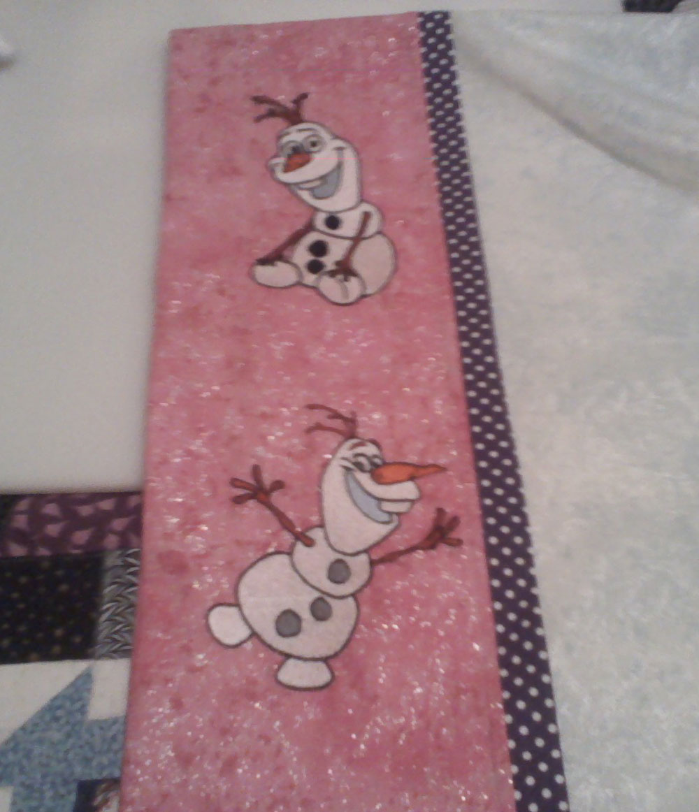 Pillowcase with Olaf embroidery design