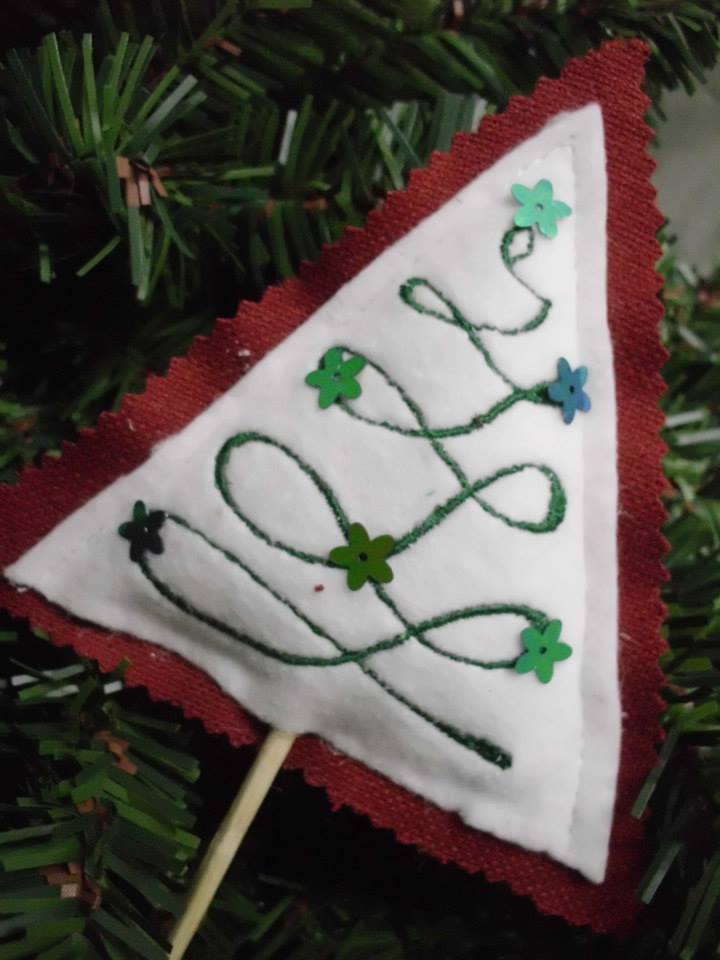 Christmas tree embroidered designs
