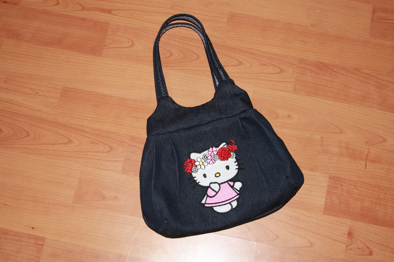 Hello Kitty spring design on embroidered bag