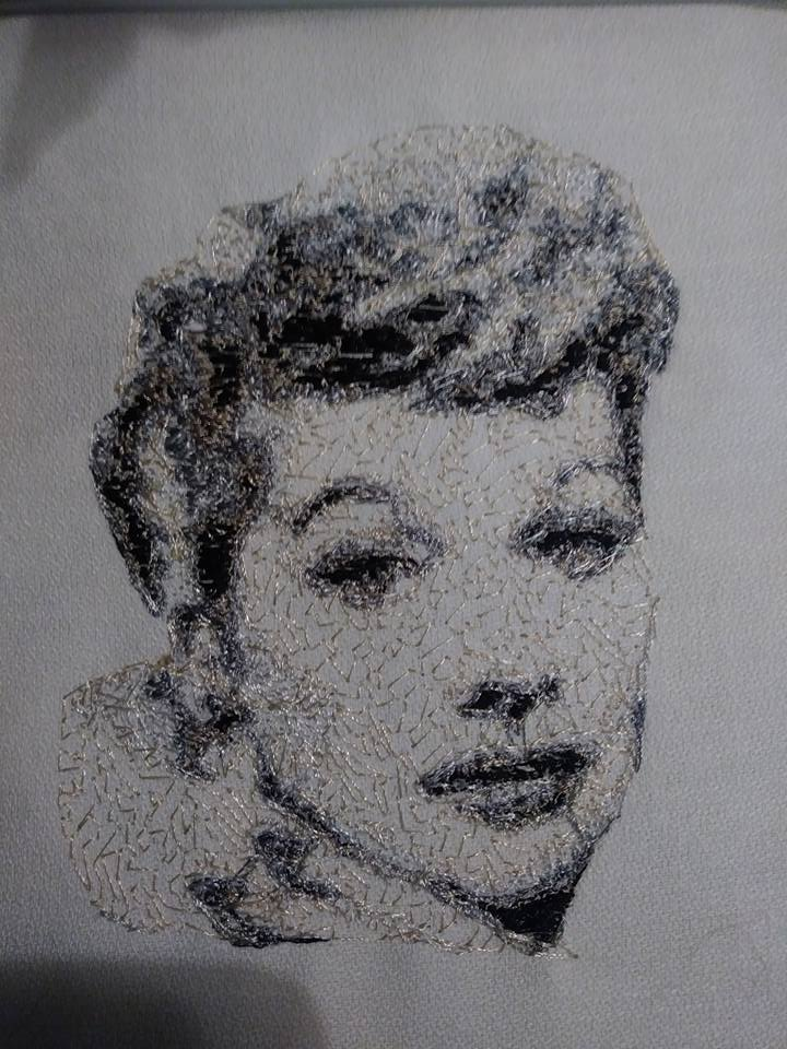 Lucille Ball photo stitch free embroidery design