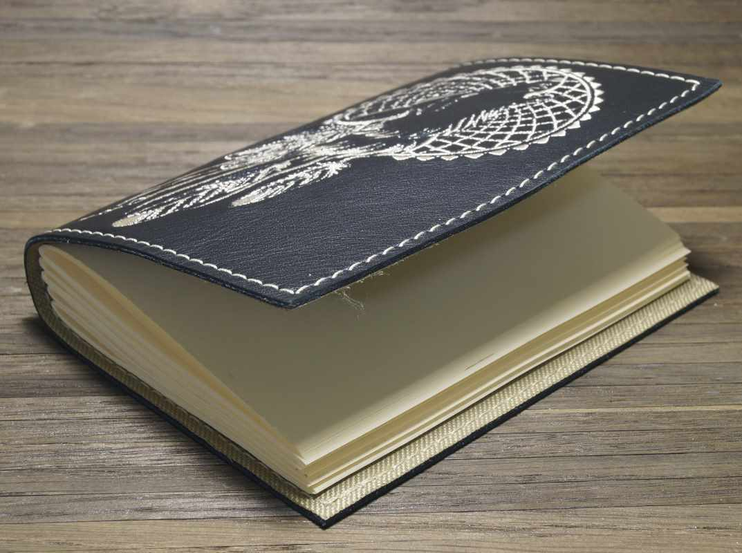 Embroidered leather notepad cover for notepad