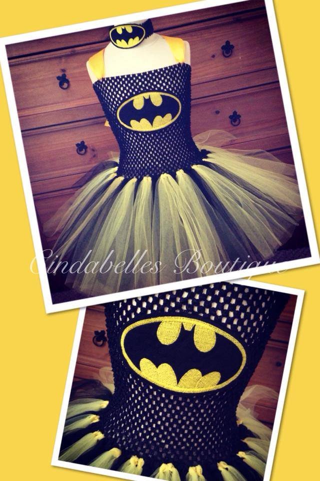 Batman logo design on dress1