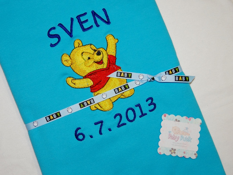 Bath towel with Baby Pooh embroidery design