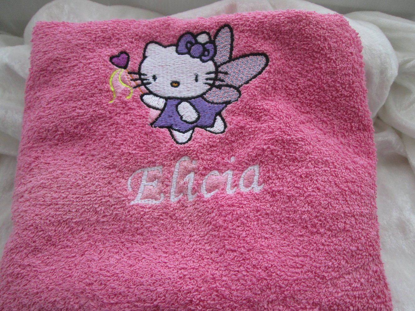 Embroidered girlish towel with Hello Kitty Fairy