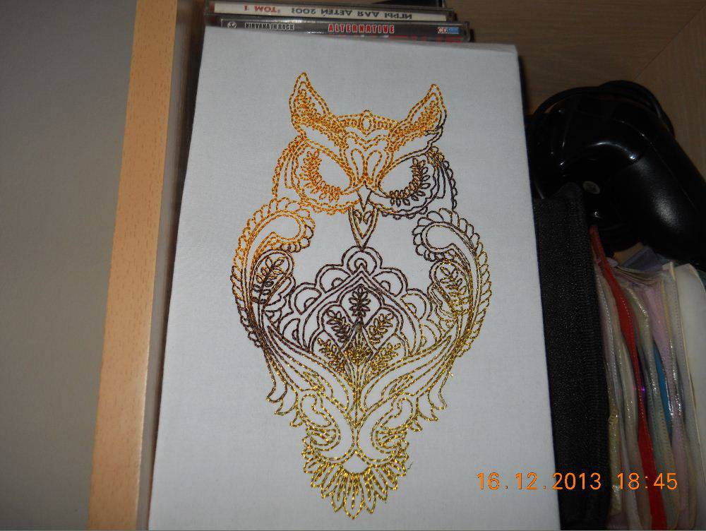 Embroidered owl blend