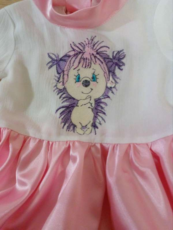 Dress with Pink hedgehog free embroidery design